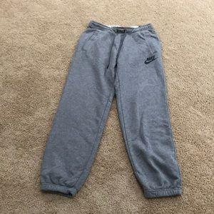 NWT! Nike women's medium grey loosefit sweatpants